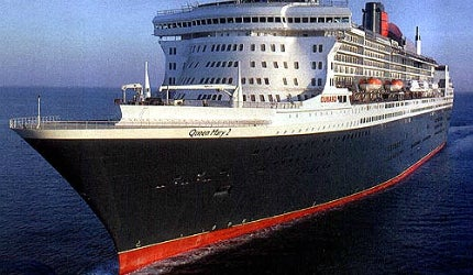 Queen Mary 2 during seatrials