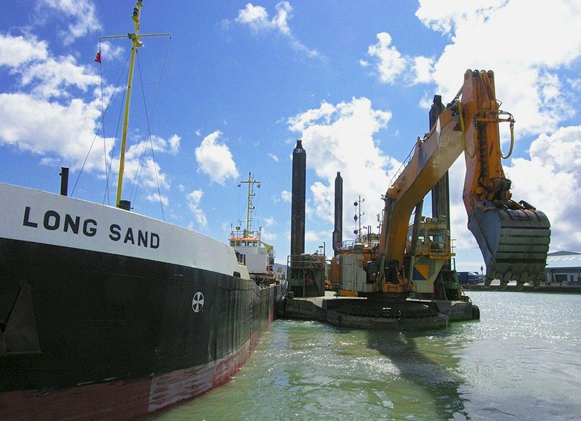 Boskalis Port-of-Southampton-Dredging-Contract