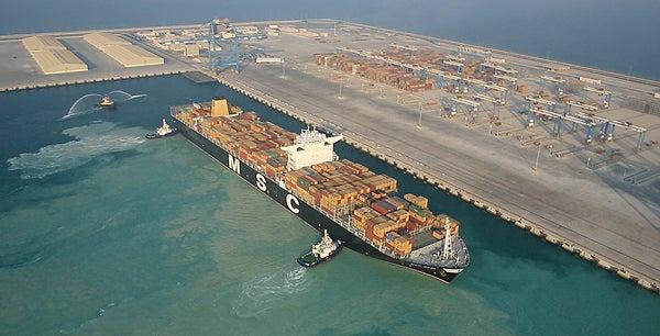 MSC Bari at Kalifa port