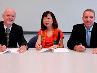 sembcorp_signing